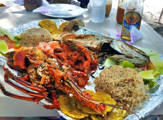 Divino Nino Jesus : Plato Mixto for 2 - Fish, lobster, conch, shrimp, coconut rice, and patacones