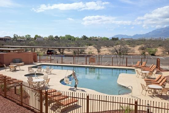 Five Star TDY : HOTTEST POOL IN SIERRA VISTA