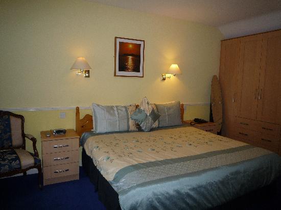 Avlon House Bed and Breakfast: Bedroom 24