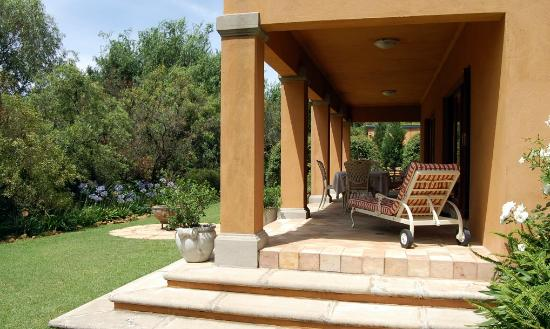 Tuareg Guest House: Terrasse eines Bungalows