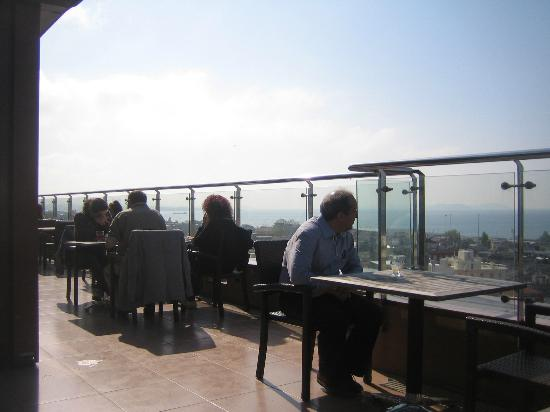 Grand Madrid Hotel: breakfast on the rooftop terrace