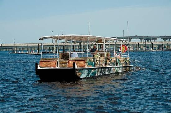 Lookout Lady Scenic River Tours of New Bern-Day Boat Tours