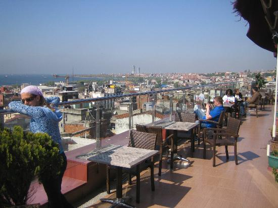 Grand Madrid Hotel: rooftop terrace