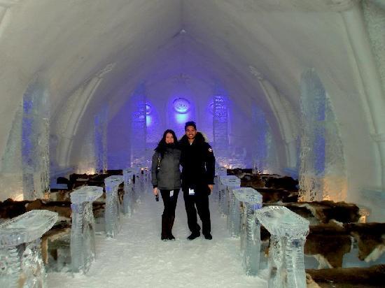Hotel de Glace: chapel