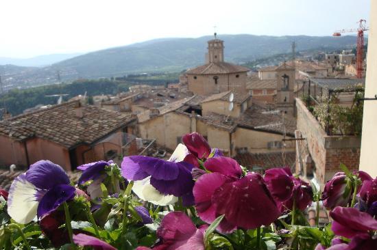 Mini Resort Fontana Maggiore: vista dal balcone