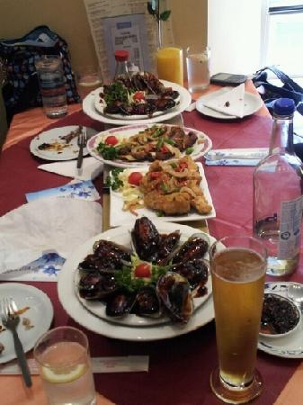 Shanghai Express: mussels in black bean sauce