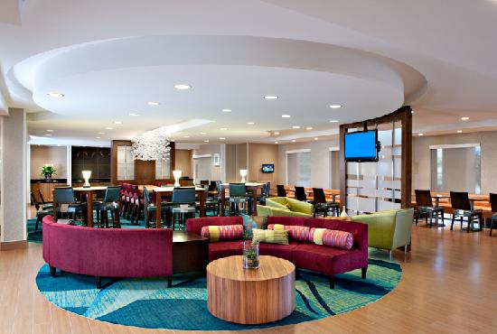 SpringHill Suites Scottsdale North: Spread out and experience the comforts and conveniences of our newly renovated hotel!
