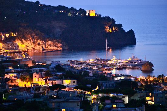 Hotel Villa Sirena: Panorama serale dalla terrazza dell'Hotel
