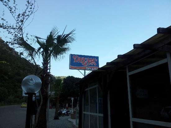 Dreams Cafe Bar: Says it all !!