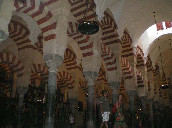 Hospederia del Atalia: Mezquita