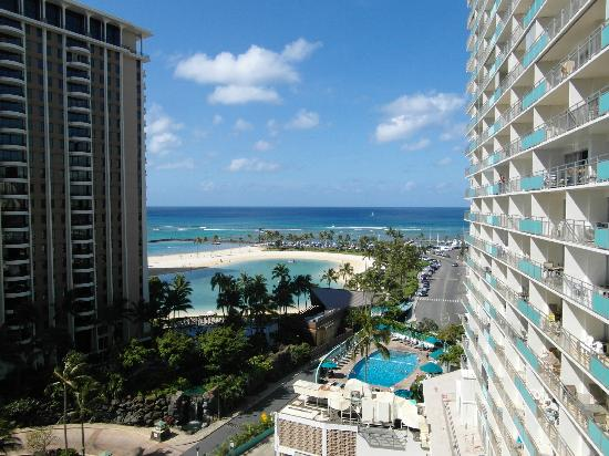Waikiki Marina Resort at the Ilikai: Does it get any better than this? Nice!!!