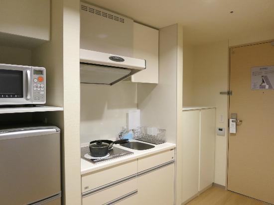 Fraser Residence Nankai Osaka: Kitchenette
