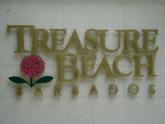 Treasure Beach: entrance