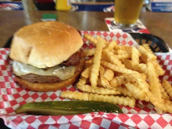 Goog's Pub & Grub : Tobacco Road Burger!