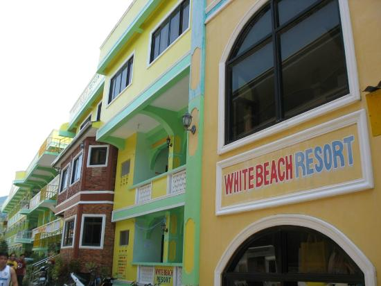 White Beach Resort: View from outside