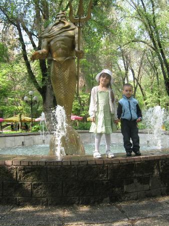 Almaty Central Park: Вот куда перенесли Нептуна с центрального фонтана