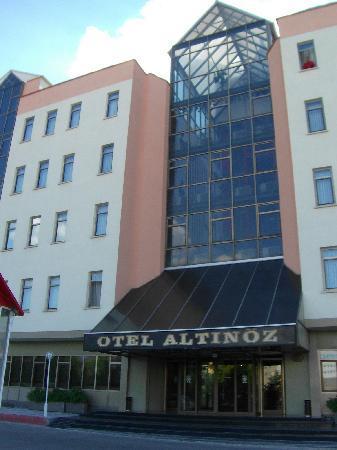 Altinoz Hotel