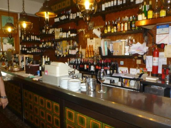 La Yaya Amelia: Bar area