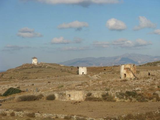 Awake Paros Watersports & Bike Tours: Old windmills