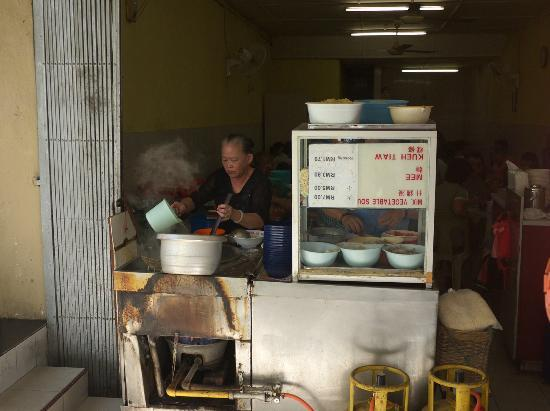 Noodle Descendants: The chef