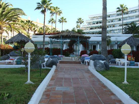 Vistas picture of hovima altamira costa adeje tripadvisor for Aparthotel jardin caleta costa adeje tenerife