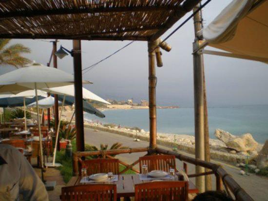 Aal Baher : view from the outdoor seating area