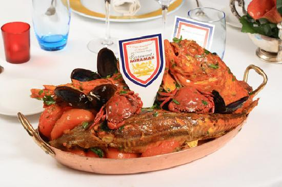 Le miramar marseille 12 quai du prt restaurant reviews phone number photos tripadvisor - Bouillabaisse marseille vieux port ...