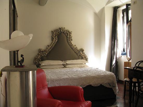 Un intimo eden nel cuore di roma picture of le finestre - Le finestre roma ...