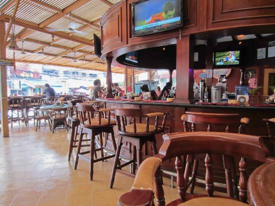 Paradise beer garden angeles city restaurant reviews photos tripadvisor for Best restaurants in garden city