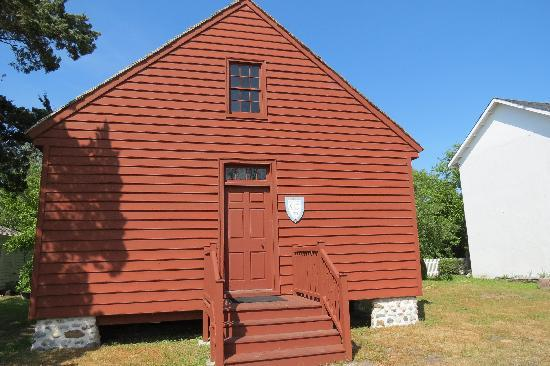 Beaufort Historic Site Visitor Center and Museum: Old School House