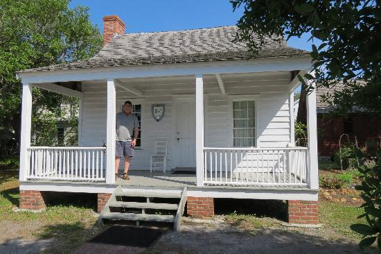 Beaufort Historic Site Visitor Center and Museum: old home