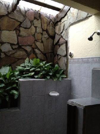 The Springs Resort and Spa: nice shower...