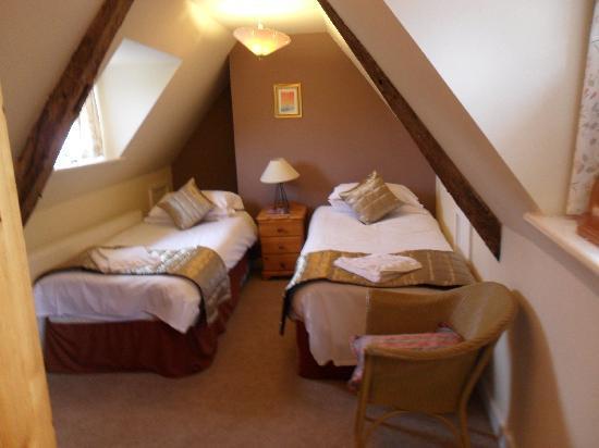 Chalk Farm Hotel: Newly decorated bedroom