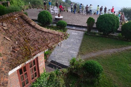Niva Niwa Lodge: hotel terrasse