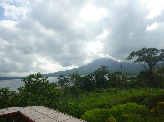 Arenal Vista Lodge: Vista desde el restaurante