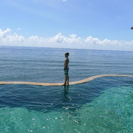 Wawa Wewe II Villas: The amazing view and pool!