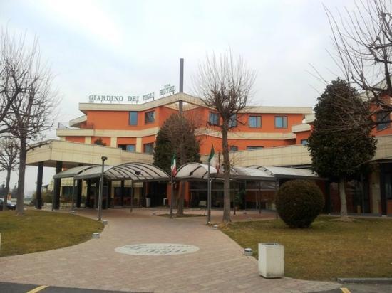 Фоссано, Италия: Facciata hotel