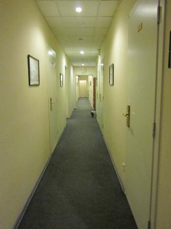 Nevskiy Hotel Aster : 廊下