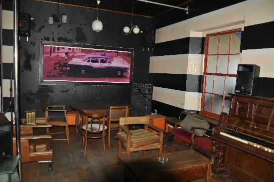 Cafe Havana: Bar upstairs - decor