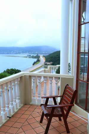 Bradach Manor: Town view