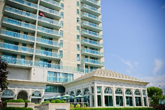 The waterside inn now 96 was 1 1 5 updated 2018 for Best private dining rooms mississauga