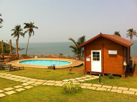 Ozran Heights Beach Resort: perfect setting