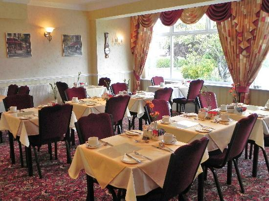 The Lysander: Award winning breakfast served in our stylish dining room