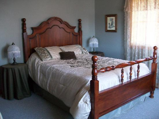 Grapeview Guesthouse on the Vineyard: Prince Philip Suite