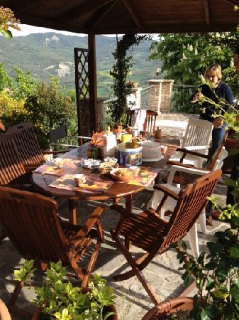 Beautiful La Terrazza Del Subasio Images - Idee Arredamento Casa ...