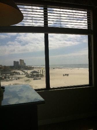 Island Winds East: Livingroom window looking toward The Hangout