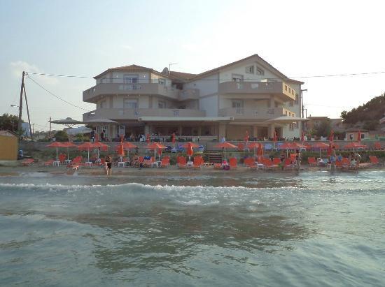 Al Mare Beach Hotel