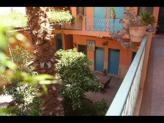 Toulousain Hotel: le patio vu de la chambre n° 6