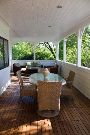 Auberge Sonoma: the lovely porch in suite 155