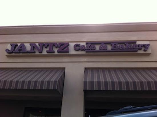 Jantz Cafe & Bakery: Jantz Cafe Store Front